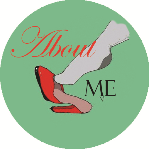 About me Tabitha Rayne button logo
